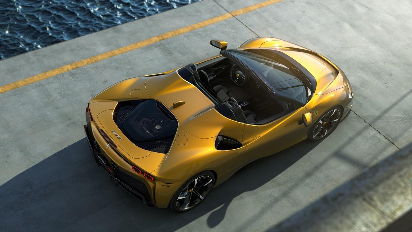 Nuevo Ferrari SF90 Spider, un híbrido enchufable convertible
