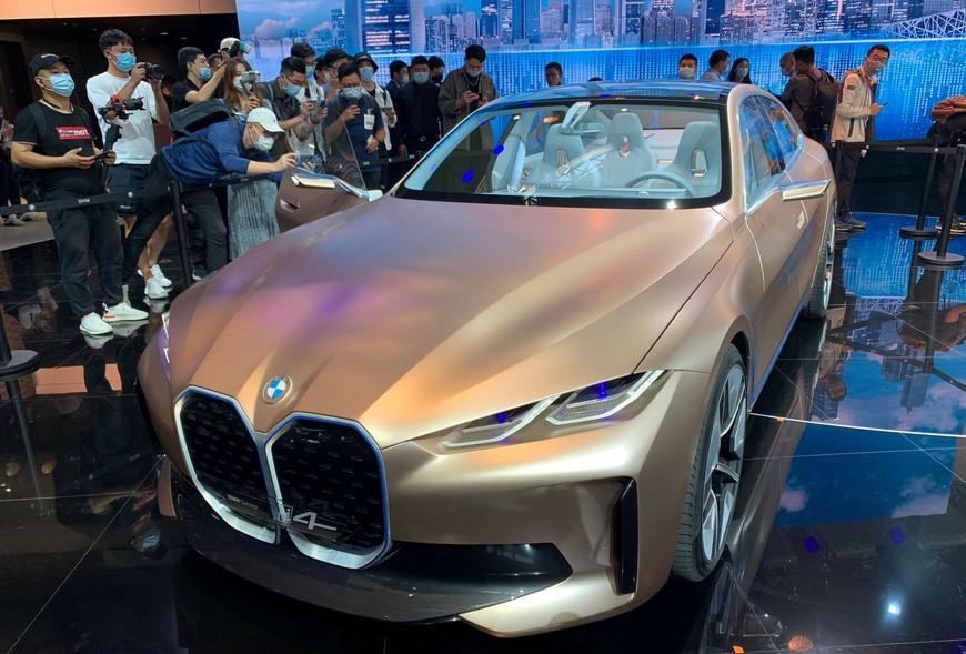 Llega el nuevo BMW i4 eléctrico 2021 con un alcance de 367 millas