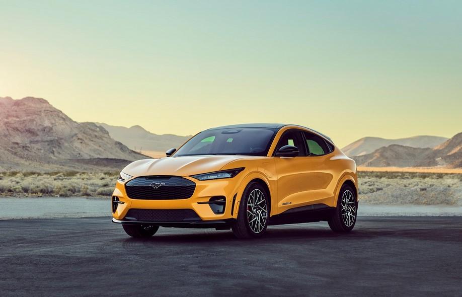 Versiones de alto rendimiento de Ford con una autonomía de hasta 270 millas