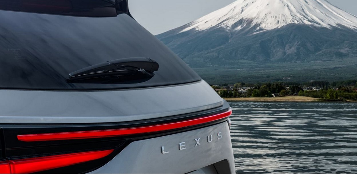 La nueva generación del Lexus NX no deja indiferente