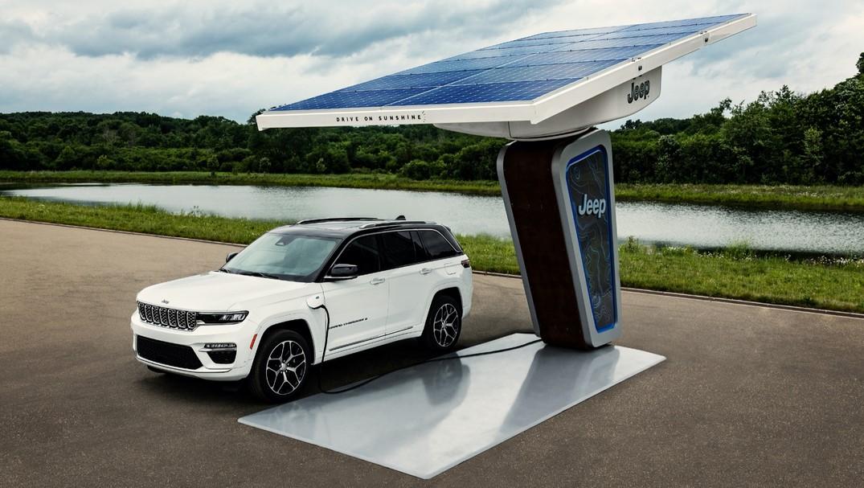Jeep revela el híbrido enchufable Grand Cherokee 2022