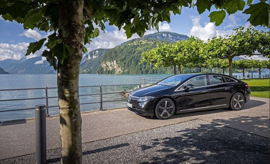 Mercedes EQS 2022, presentado como el vehículo eléctrico más avanzado del mundo